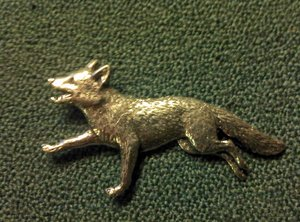 Tennbrosch räv