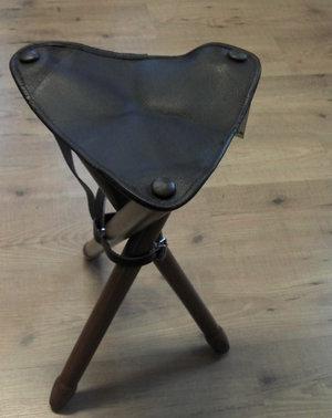 Trebenstol med lädersits 70
